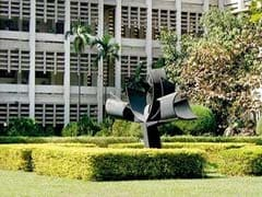 IIT Bombay Forms Committee To Address 'Stray Bull Fighting' Issue On Campus