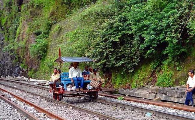 indian railways generic pixabay
