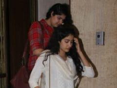 Janhvi Kapoor Bonds With Half-Sister Anshula Kapoor. See Pics