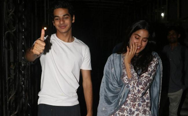 Nothing Much, Just Dhadak Co-Stars Janhvi Kapoor And Ishaan Khatter Hanging Out