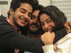 Janhvi Kapoor And Ishaan Khatter Wrap <I>Dhadak</I> With Adorable Pic. 'Can't Wait,' Says The Internet