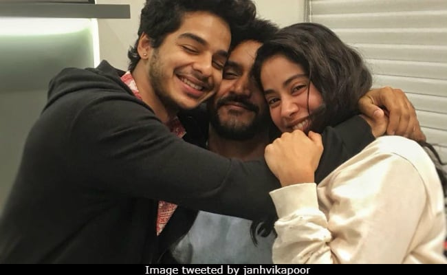Janhvi Kapoor And Ishaan Khatter Wrap Dhadak With Adorable Pic. 'Can't Wait,' Says The Internet