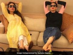 Check Out Kareena And Karisma's Kapoor Swag In Pic Of Them Chillin' Like Villains