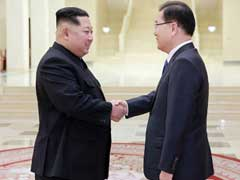 2 Koreas Discuss Official End To 68-Year War, Report Says