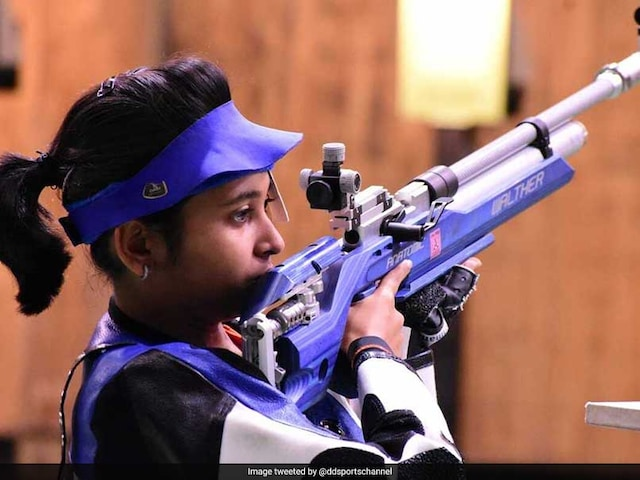 Commonwealth Games 2018: Mehuli Ghosh, 17, Wins Silver, Apurvi Chandela Gets Bronze In Womens 10m Air Rifle