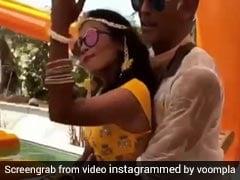 52 का दूल्हा और 27 की दुल्हन का वीडियो हुआ वायरल, 'बन जा तू मेरी रानी' पर यूं नाचते आए नजर