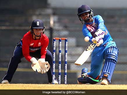 India Women Beat England By One Wicket In The First ODI