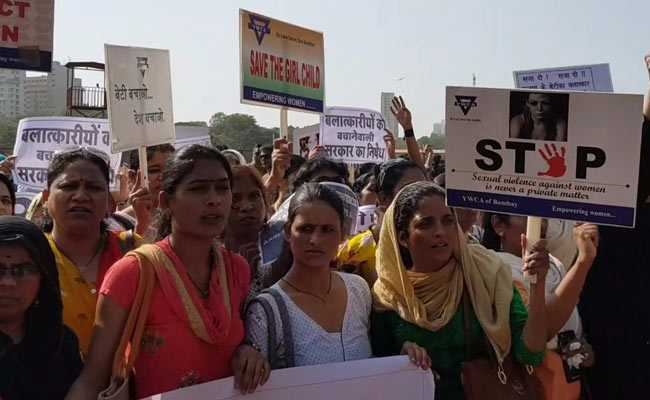 Hundreds Of Mumbaikars Assemble To Protest Kathua, Unnao Rape Cases
