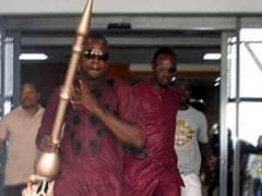 Chaos In Nigerian Parliament As Thugs Steal Symbolic Metal Rod. Watch