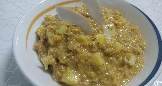 Coconut Mango Oatmeal with Cinnamon Hint