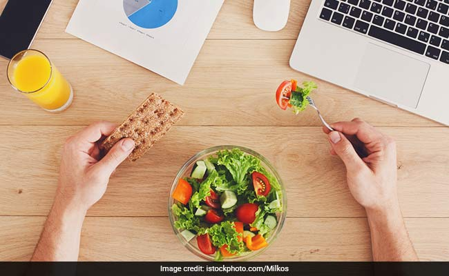Weight Loss: Here's How You Can Lose Weight With These Exercises And A Healthy Diet