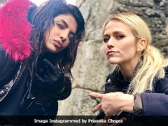 Priyanka Chopra And <i>Quantico</i> Co-star Johanna Braddy's 'Thug Life' Picture. Seen Yet?