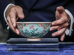 Rare Qing Dynasty Bowl - One Of Only 3 Known To Exist - Sells For $30.4 Million