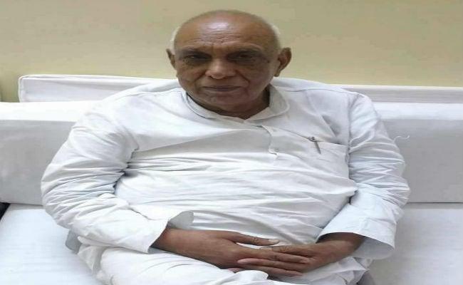 Senior Madhya Pradesh Congress Leader Rajendra Singh Dies At 86
