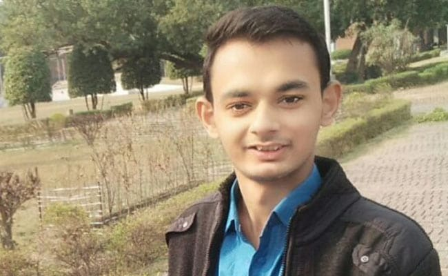 उत्तर प्रदेश: चाय वाले का बेटा पहुंचा टाटा इंस्टीट्यूट ऑफ फंडामेंटल रिसर्च