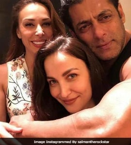 Elli Avrram Posts Pic With Salman Khan And His Rumoured Girlfriend