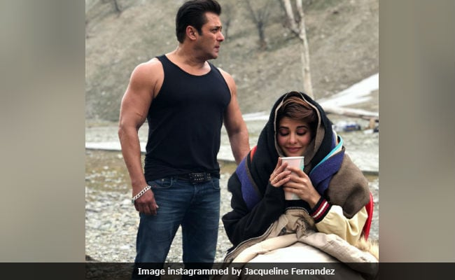 Salman Khan, Jacqueline Fernandez Shoot Race 3 In Icy Ladakh. But Salman Is Dressed For Summer
