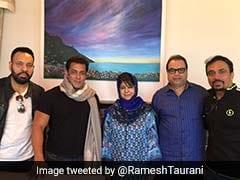 'रेस 3' की शूटिंग के लिए कश्मीर पहुंचे सलमान खान, सीएम महबूबा मुफ्ती से की मुलाकात