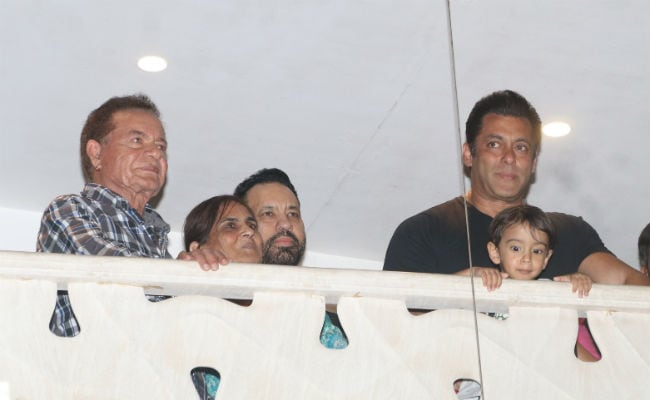 Salman Khan Greeted By A Jubilant Crowd Outside His Mumbai Residence Watch Video