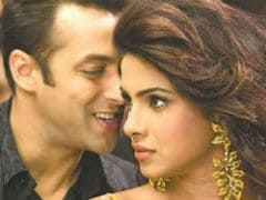 Salman Khan, Priyanka Chopra Is A '<i>Desi</i> Girl Forever.' Seen Her Reply To Your <i>Bharat</i> Disclaimer?