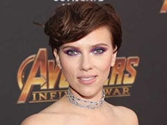 Scarlett Johansson's Mystical Makeup Is On Point For The <i>Avengers: Infinity War</i> Premiere