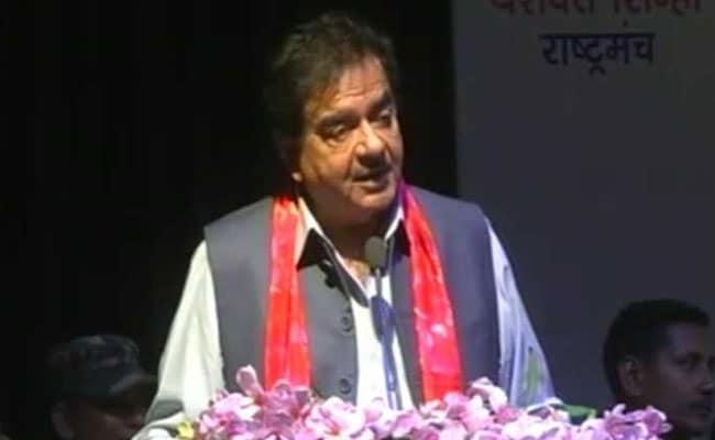 यौन शोषण पर शत्रुघ्न सिन्हा का बड़ा बयान, कहा- न तो सरोज खान गलत हैं और न ही रेणुका...