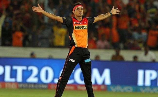 IPL 2018: सनराइजर्स के सिद्धार्थ कौल को आचार संहिता के उल्लंघन पर लगी फटकार...