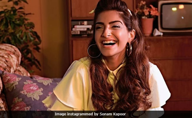 Sonam Kapoor Tweets About 'Freaking Hilarious' Gossip About Her But Doesn't Elaborate