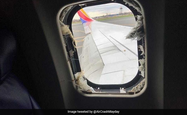 Passengers tell of effort to save woman after Southwest engine explosion