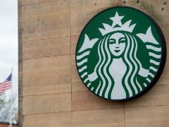 Starbucks Bans Personal Cups Over New Coronavirus