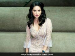 """Sunny Leone On The First Time She Faced """"Real Hatred."""" She Was 21"""