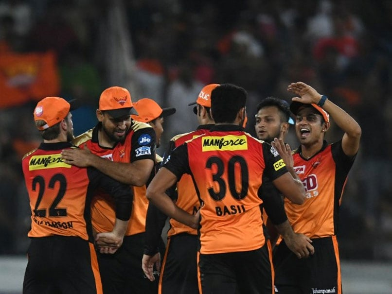 Williamson guides IPL team to top of the table