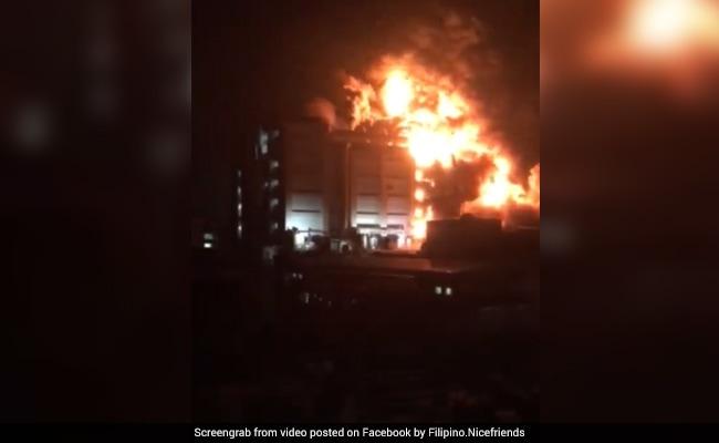 दिल्ली में फैक्ट्री में आग लगने से एक युवक की मौत