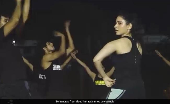 Vivo IPL 2018 की ओपनिंग सेरेमनी में इस तरह डांस करेंगी 'बाहुबली' की ये एक्ट्रेस, Video हुआ वायरल