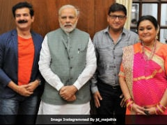 Supriya Pathak And Team <i>Khichdi</i> Meet PM Modi. See Pic