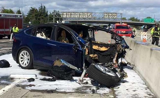 Tesla Model X In California Crash Sped Up Prior To Impact