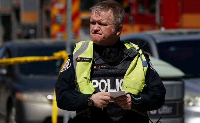 Toronto Cop Praised On Social Media For Refusing To Shoot Van Suspect
