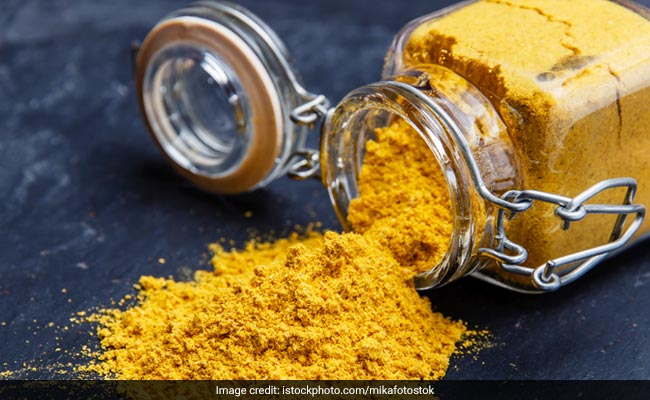 Turmeric Solution May Help Reduce The Symptoms Of Developing Eye Conditions: Study