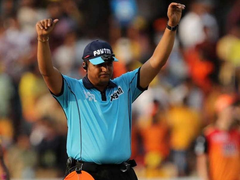 IPL 2018: Fans Vent Anger At Umpire Vineet Kulkarni After SunRisers Hyderabad