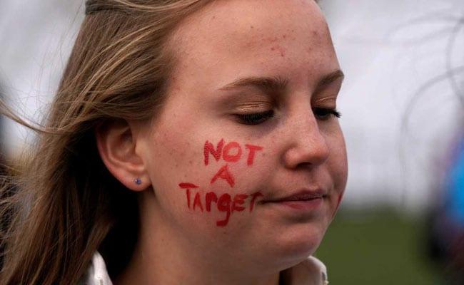 us students protest gun laws reuters
