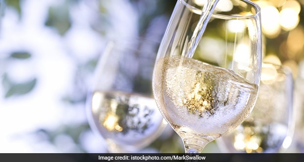 A Gl Of White Wine Has 121 Calories