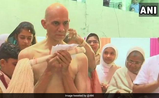 From Diamantaire To Jain Monk, Yatrik Zaveri Chose Divinity Over Diamonds