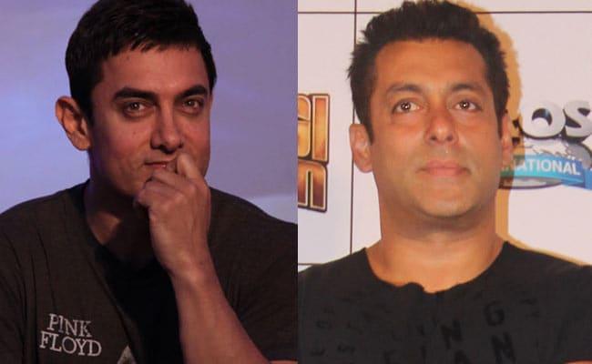 आमिर खान  जब पहले तलाक के समय बुरे वक्त से गुजर रहे थे तब उनकी मदद सलमान खान  ने की थी