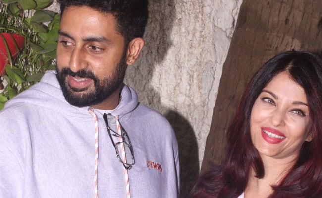 Aishwarya Rai, Abhishek Bachchan, Ranbir Kapoor At Amitabh Bachchan And Rishi Kapoor's 102 Not Out Screening