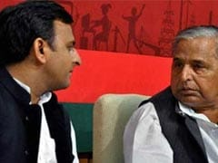 Mulayam Singh Does It Again. Son Akhilesh Yadav On Cross-Hairs This Time