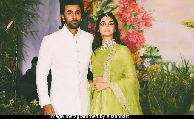 Can You Decipher Alia Bhatts Caption For Viral Pic With Ranbir Kapoor