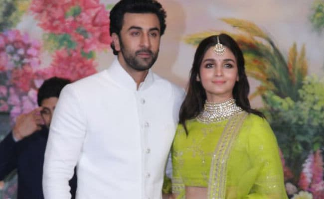 Sure Enough, The Internet Wants To Know If Alia Bhatt And Ranbir Kapoor Are Dating