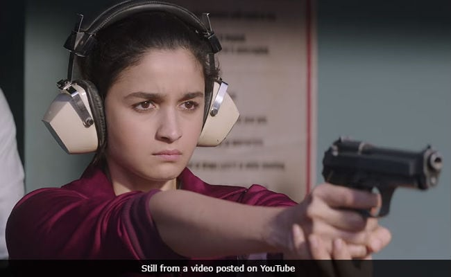 Raazi Preview: Alia Bhatt's Film Scores A Perfect 10 From Bollywood. Here's What It Is About