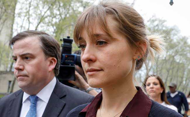 Trial date set for Keith Raniere and Allison Mack