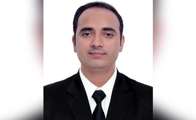 जानिए सिविल सेवा परीक्षा में हिंदी माध्यम के टॉपर अनिरुद्ध के पीछे की प्रेरणा कौन है